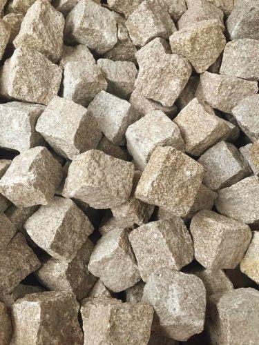 Kopfsteinpflaster Granit gelb trocken 8 - 10cm